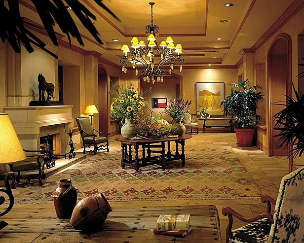 Four Seasons Hotel Austin > The Lobby