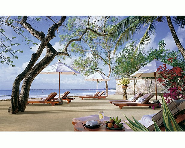 Four Seasons Resort Bali at Jimbaran Bay > Coconut Grove Beach