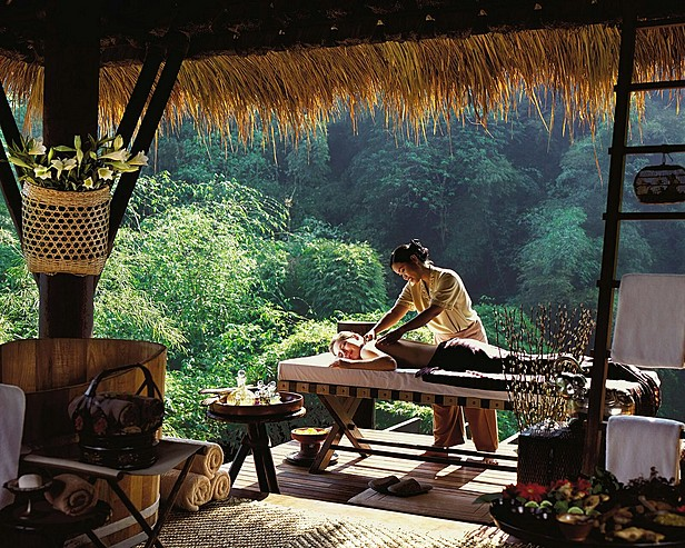 Four Seasons Tented Camp Golden Triangle, Thailand > Treatment at the spa