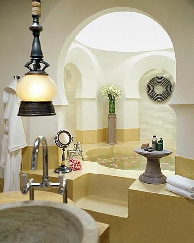 Four Seasons Resort Langkawi, Malaysia > Melaleuca pavilion bathroom.