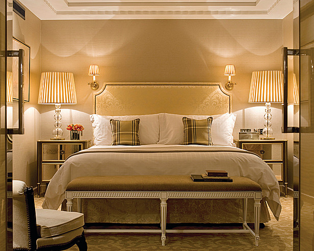 Four Seasons Hotel London at Park Lane > Garden Suite