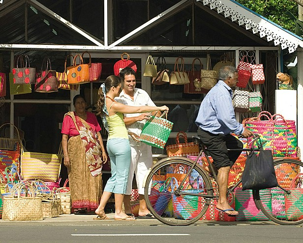 Resort Four Seasons Mauritius at Anahita > Shopping