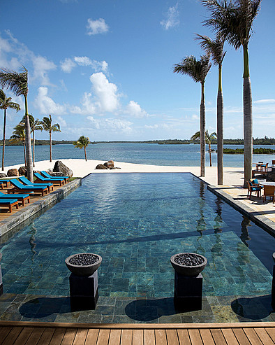 Resort Four Seasons Mauritius at Anahita > Pool