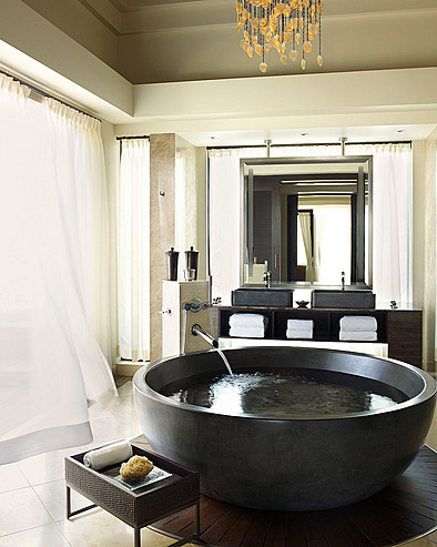 Resort Four Seasons Mauritius at Anahita > Presidential Suite bathroom