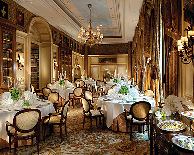 Hôtel Four Seasons George V Paris > Salon Anglais > Le Salon anglais, qui s&#39