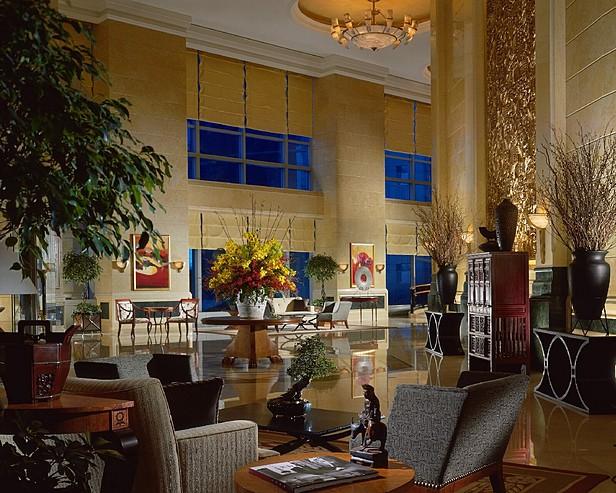 Four Seasons Hotel Shanghai > Lobby