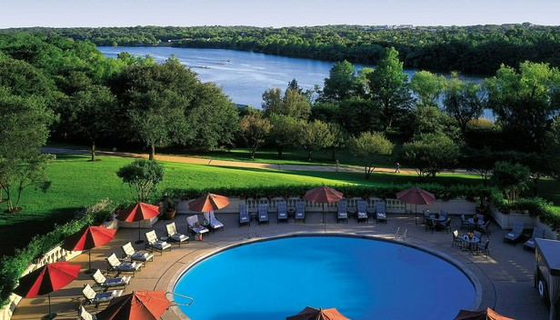 Four Seasons Hotel Austin > Outdoor pool > Welcome to Four Seasons Hotel Austin.