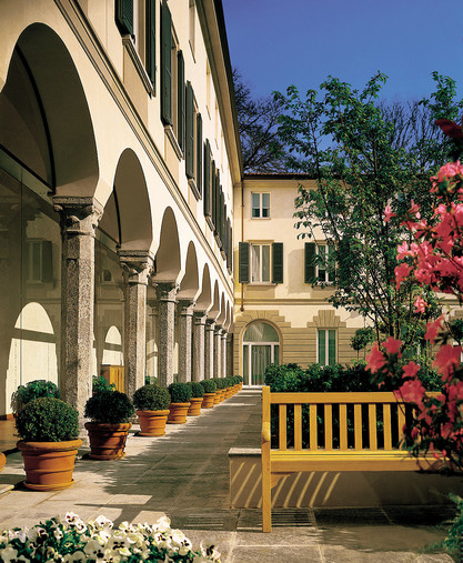 Hotel Four Seasons Milano > Courtyard > Benvenuti al Four Seasons Milano.